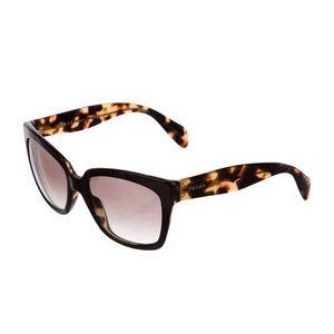 EUC Prada tortoiseshell gradient sunglasses 🕶
